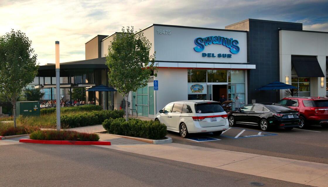 Swami's Café – Del Sur Town Center