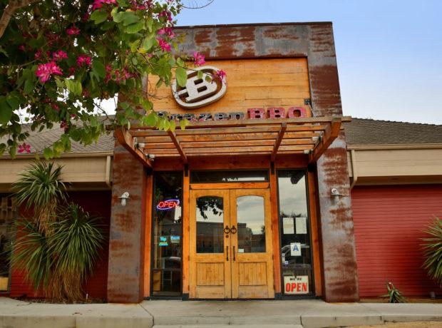 Brazen BBQ Smokehouse & Bar – Hillcrest