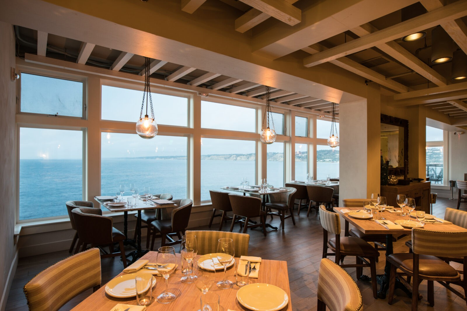 Gorgeous Oceanfront Restaurant In La Jolla Curly The Hake