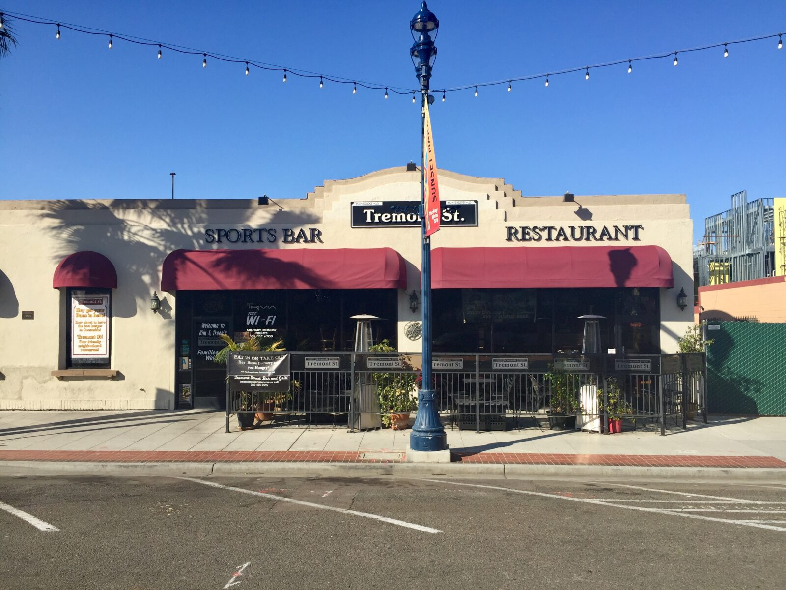 Downtown Oceanside Bar & Restaurant with Type 47