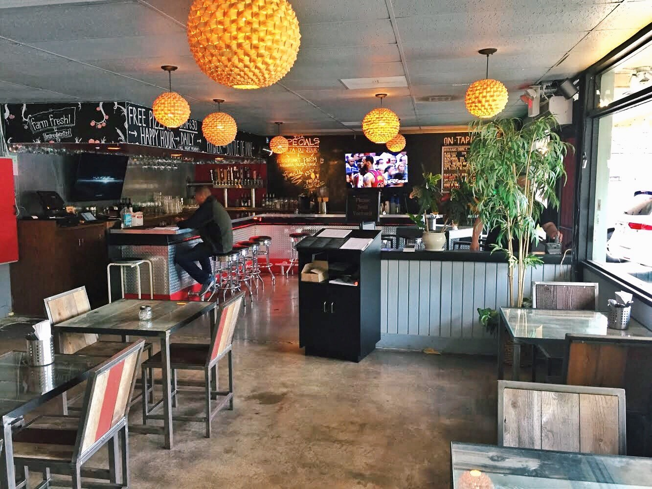 Established & Profitable Restaurant in Bay Park – Currently Isa.bella