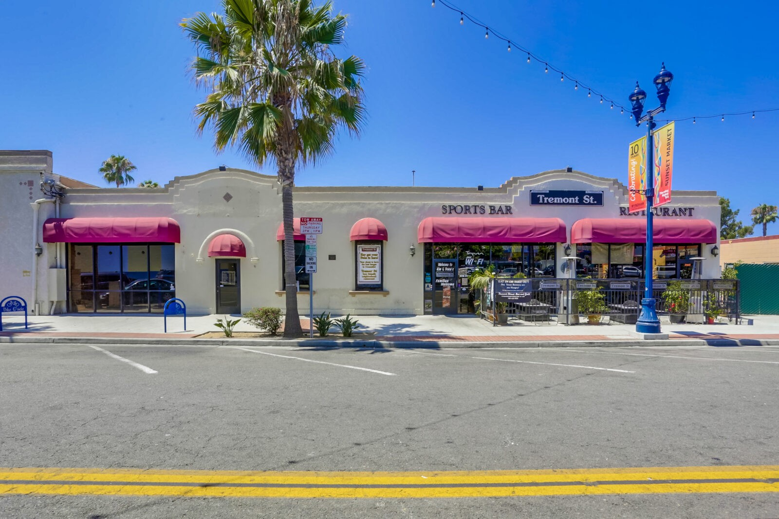 Fixturized Restaurant & Retail Spaces in Coastal Oceanside