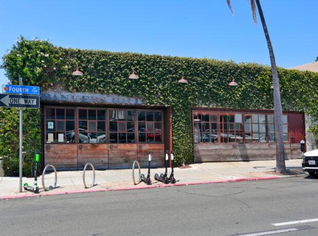 Banker's Hill Bar + Restaurant – Banker's Hill